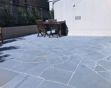 natural bluestone crazy paving, crazy pavers, dar tiles, outdoor pavers, outdoor tiles by stone pavers melbourne, sydney, canberra