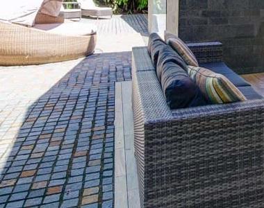 brazil quartz cobblestones tiles and pavers