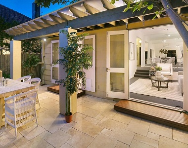 Ivory Travertine pavers and tiles by stone pavers